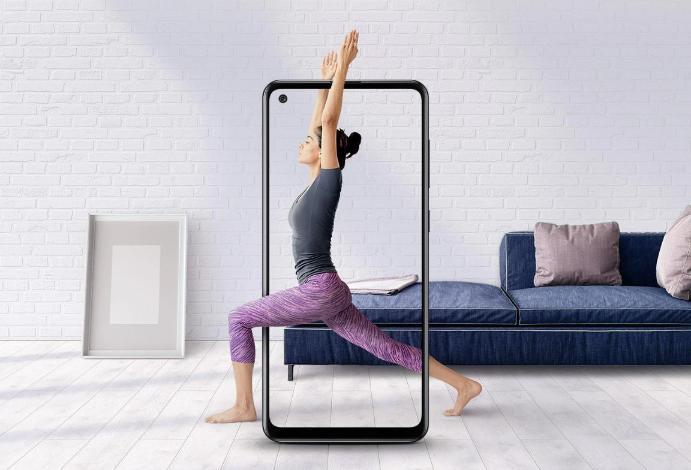 نمایشگر 6.5 اینچی Infinity-O